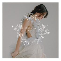 Olivia_june_premade_logo